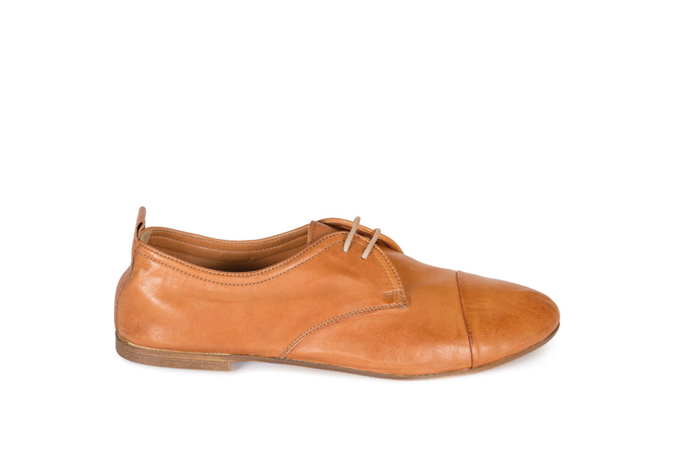Holly 111075 West Wax Cognac